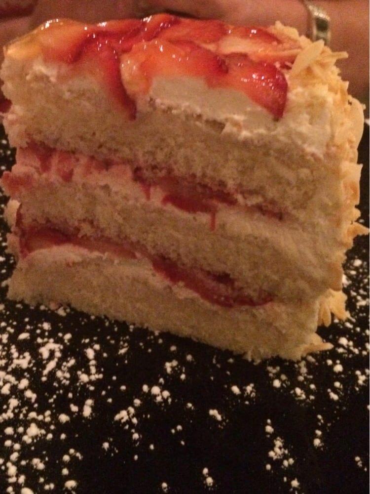 Strawberry Grand Marnier Cake Recipe