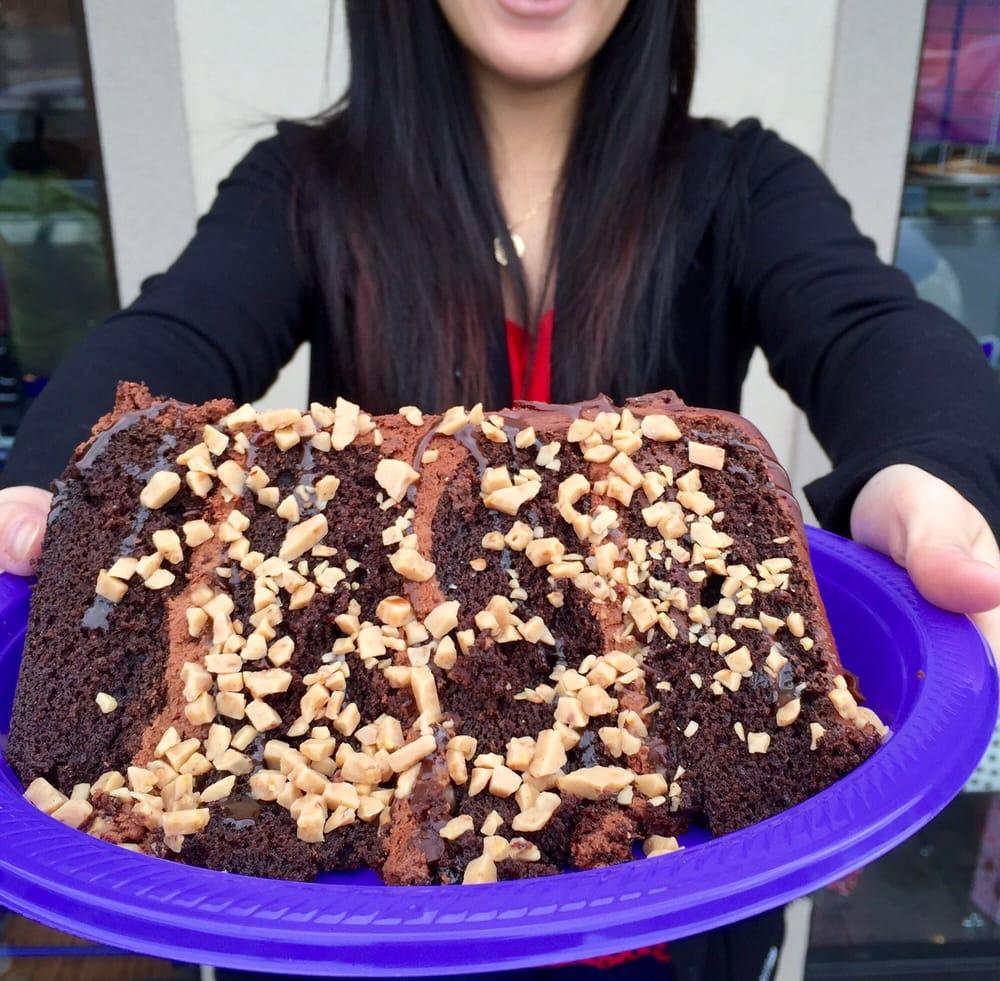 Look at this gargantuan beauty!...a slice of Uncle Darryl's cake ...