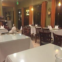 Larawan Ng Patio Filipino   San Bruno, CA, Estados Unidos. Dining Area