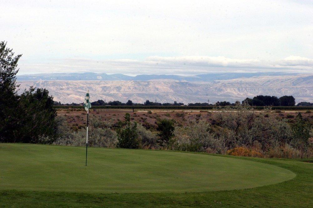 Foster Gulch Golf Course: 925 Lane 13, Lovell, WY