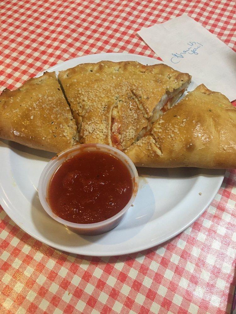 Photo of Vinatellis Italian Cafe: Markle, IN