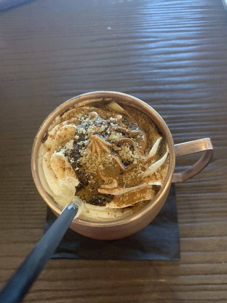 Picadillo Bistro & Cafe: Av. El Conquistador S/N, Fajardo, PR
