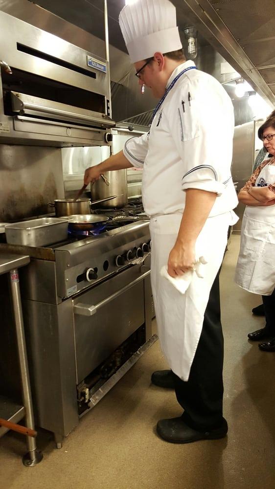 Le cordon bleu 14 photos ecole de cuisine 215 first - Cours de cuisine cordon bleu ...