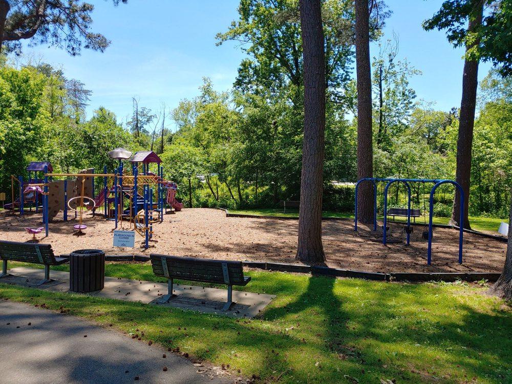 Glenlake Park