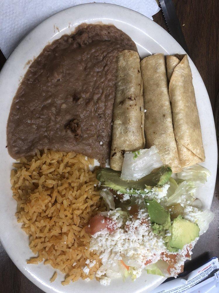 Andrea's Cafe: 207 N 7th St, Raymondville, TX