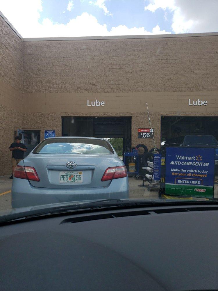 Walmart Supercenter: 2000 State Rd 60 E, Lake Wales, FL