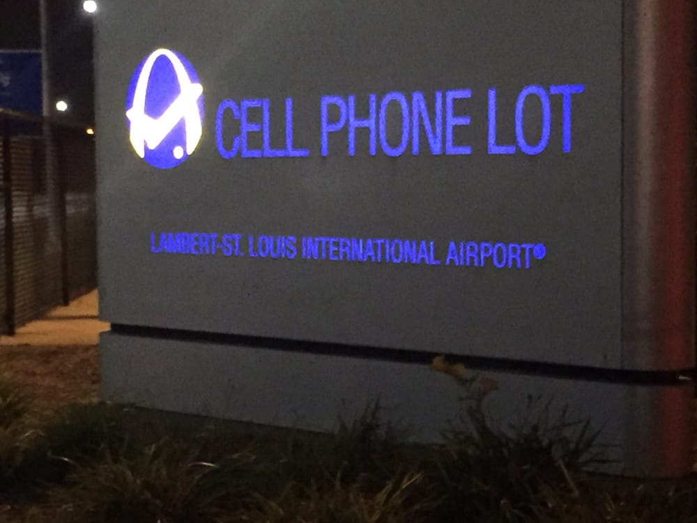 Lambert International Airport Cell Phone Lot Terminal 2: 9896 Air Cargo Rd, Berkeley, MO
