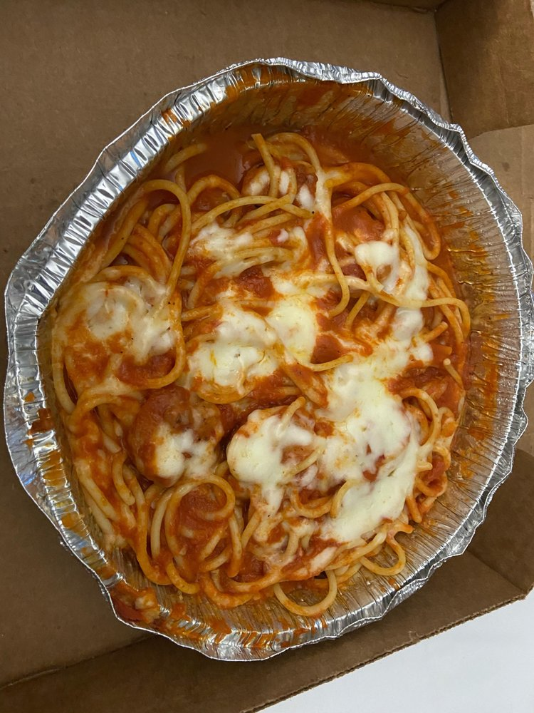 Mamma Mia Italiano Restaurante: 134 Wall St NW, Abingdon, VA