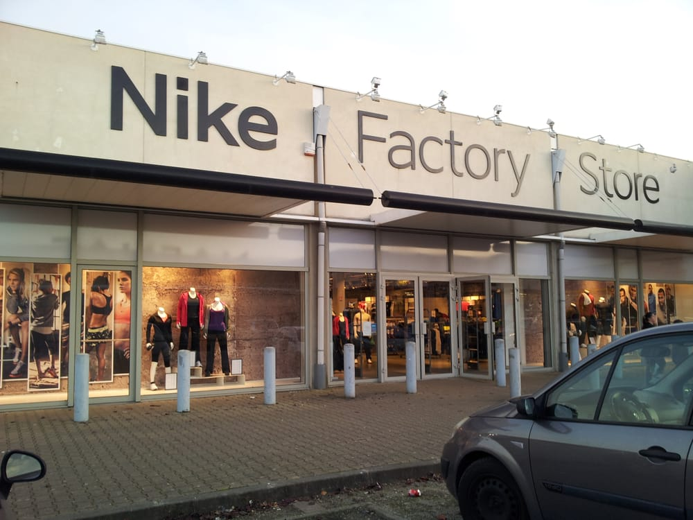 Nike factory store sports wear m rignac gironde for Outlet meubles belgique