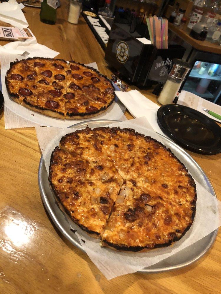 Stoney's Pub & Pizza: 456 W Grove St, Middleboro, MA