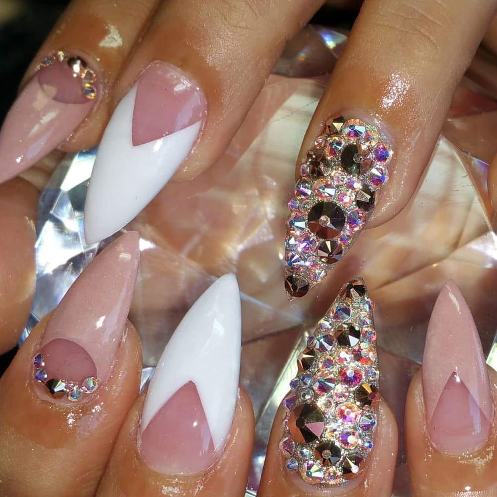 Allure Hair and Nail Studio: 10668 14th Ave, Armona, CA