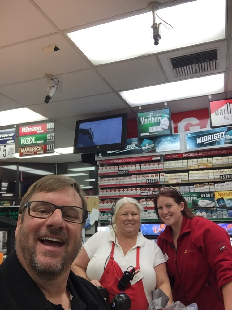 Cash For Cars Near Me >> Fastrip Food Store - 12 Reviews - Grocery - 12851 Rosedale Hwy, Bakersfield, CA - Phone Number ...
