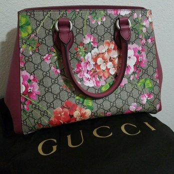 56f497239f6 Gucci - 131 Photos   57 Reviews - Leather Goods - 1450 Ala Moana ...