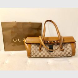 050ab3273c0a Photo of C U T Consignment - Jacksonville, FL, United States. Vintage Gucci  bullet bag