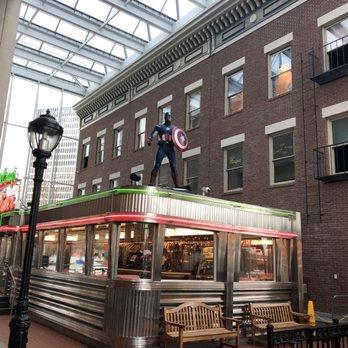 Bill Gray S Strong Museum 37 Photos 20 Reviews Burgers 1