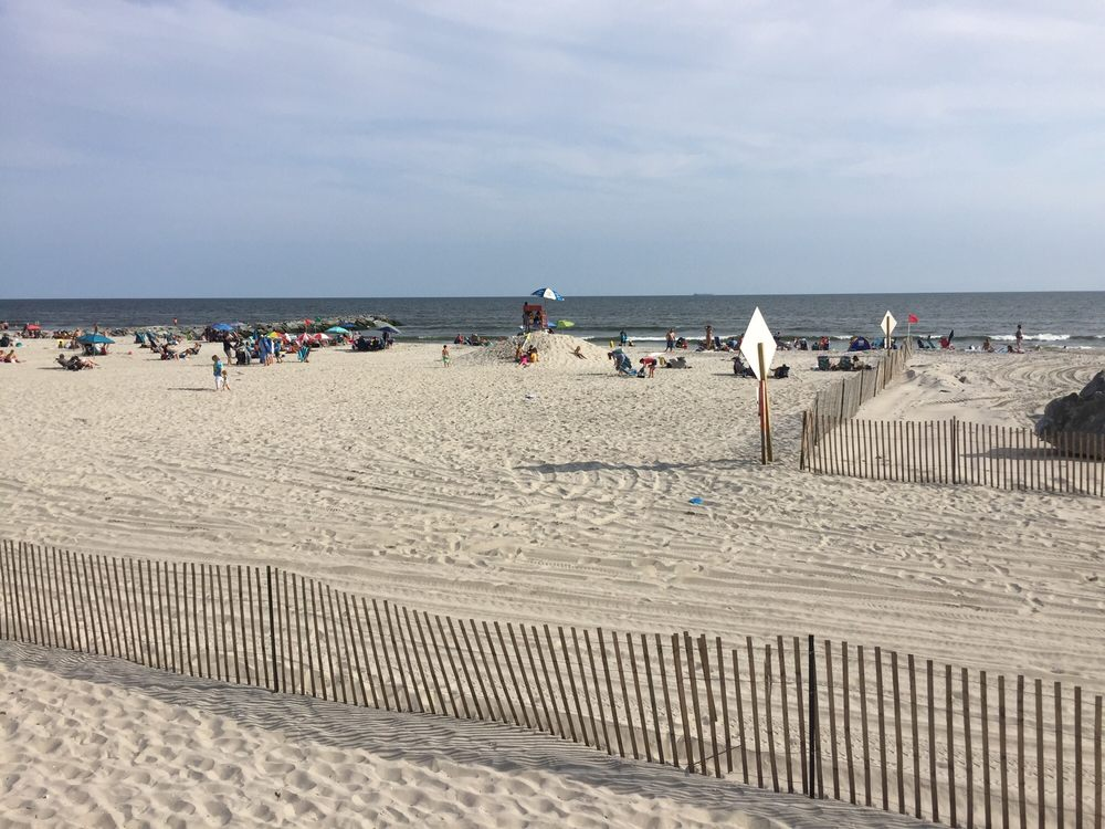 Boardwalk & Beach: Atlantic Beach, NY