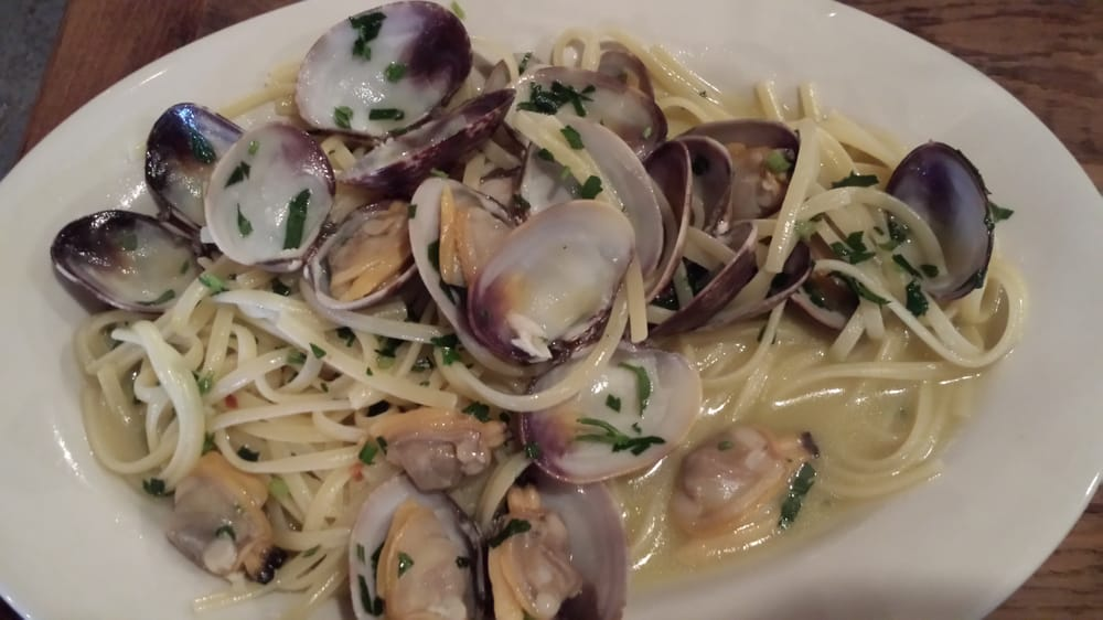 Piacereの写真 - New York, NY, アメリカ合衆国。 Linguini with manilla clams.