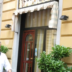 L isolotto cucina sarda via gustavo fara 10 stazione for Ristorante l isolotto milano