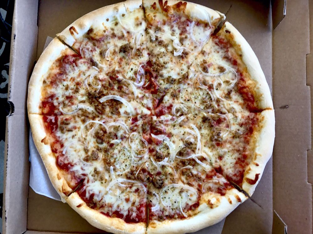 Kane's Korner Pizzeria: 2 W Big Spring Ave, Newville, PA