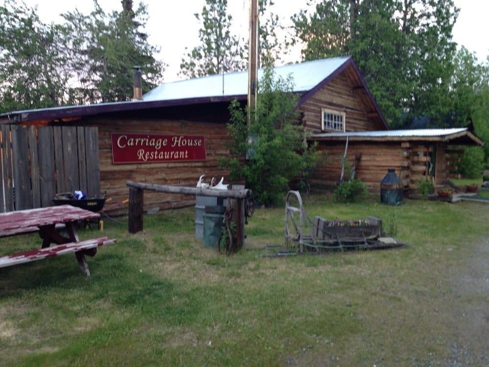 Carriage House Dining Room: Glenn Highwaytok Cutoff, Gakona, AK