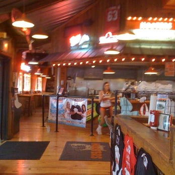 Hooters Closed 2019 All You Need To Know Before You Go