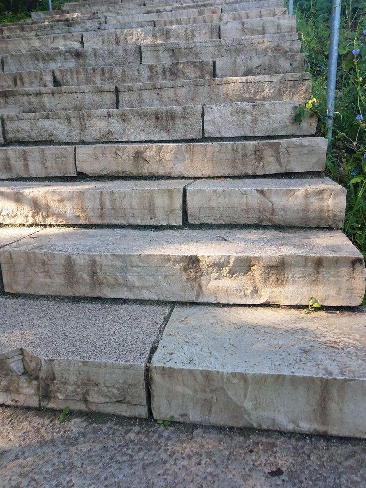 Swallow Cliff Woods: 11918 S La Grange Rd, Palos Hills, IL