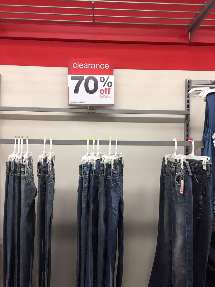 Target: 15025 Manchester Rd, Ballwin, MO