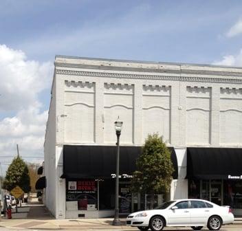 Dixie Divas Boutique: 114 E Main St, Benson, NC