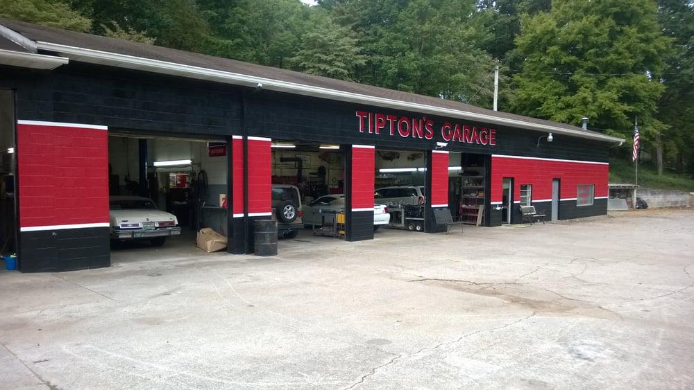 Tipton Garage: 2804 Wildwood Rd, Maryville, TN