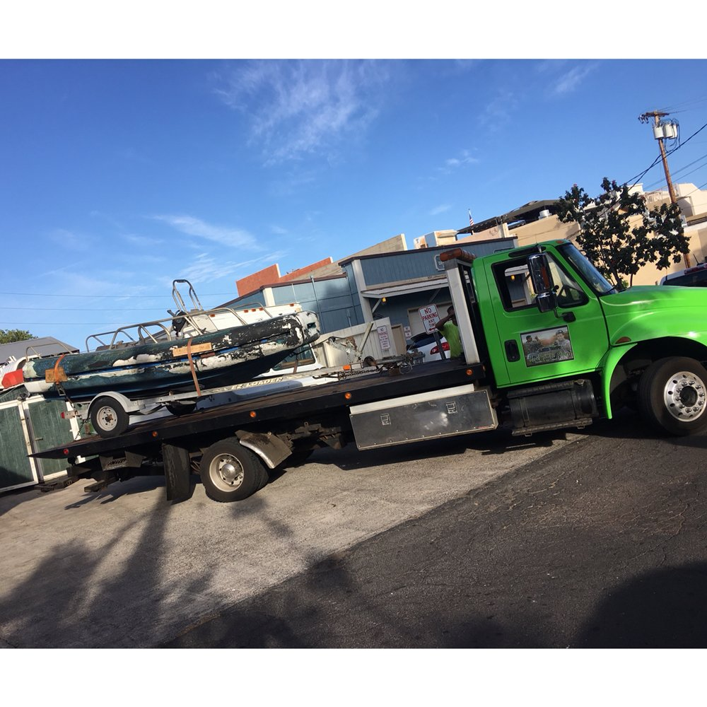 Towing business in Lahaina, HI