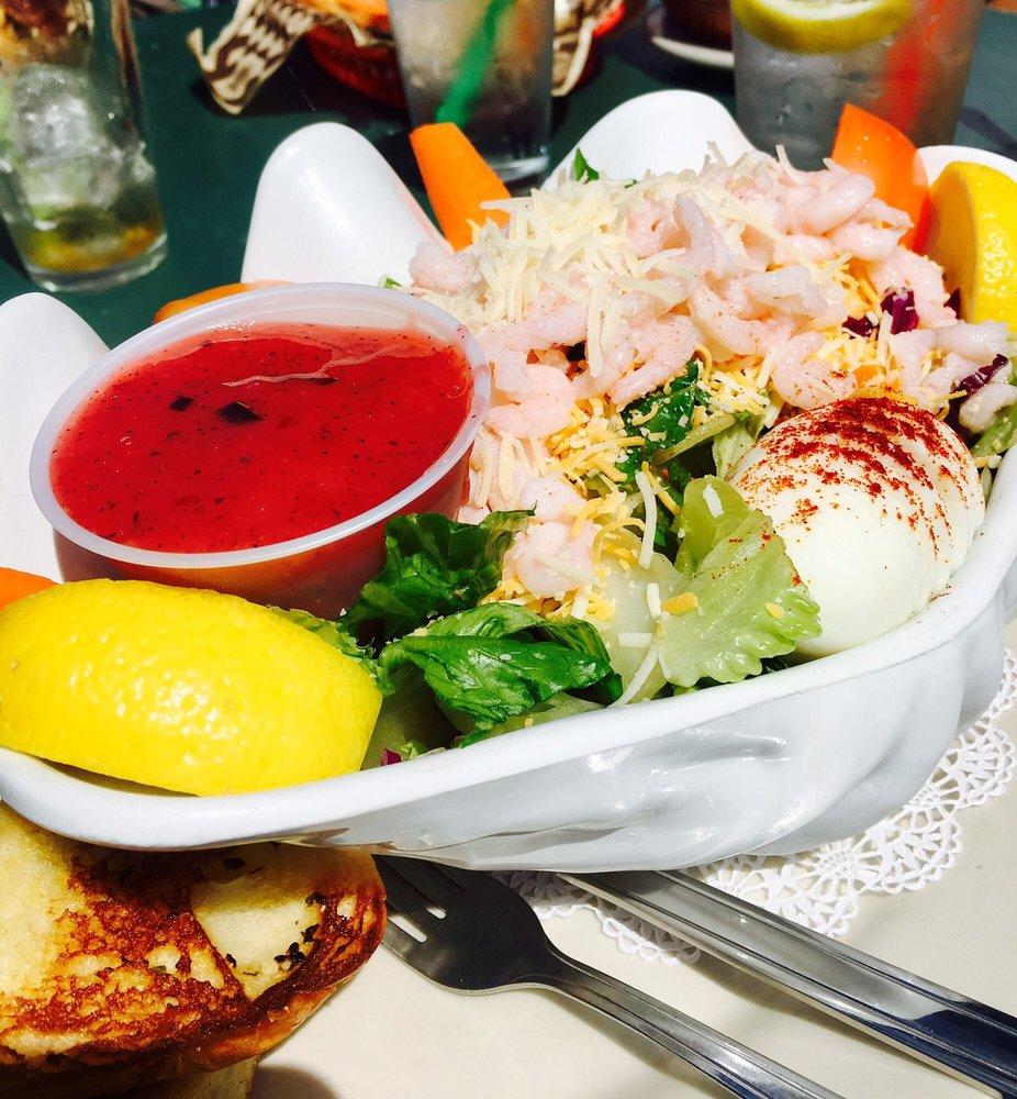 La Conner Pub & Eatery: 702 S 1st St, La Conner, WA