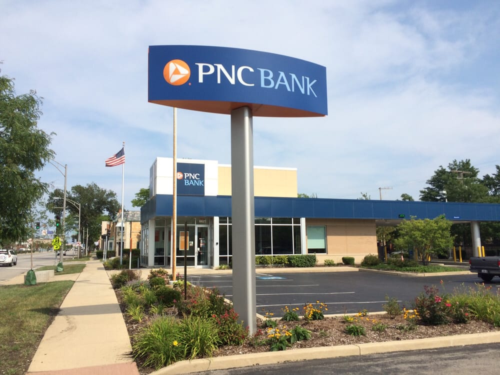 PNC Bank - Banks & Credit Unions - 6621 W N Ave, Oak Park