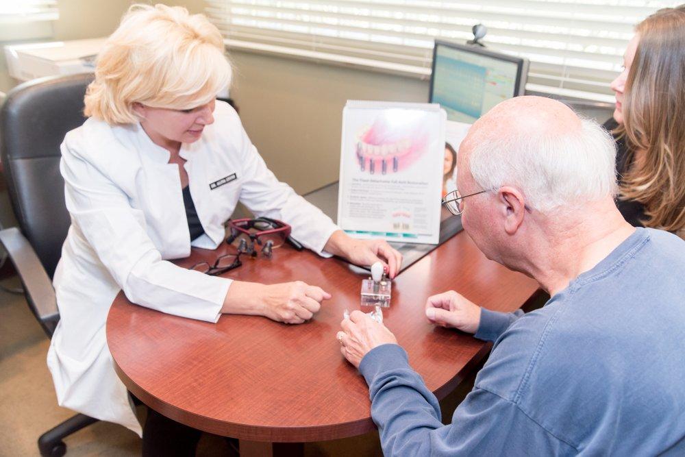 Lyons Family Dentistry: 806 Farnsworth Ave, Bordentown, NJ