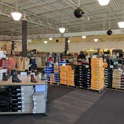 7d4159553320 DSW Designer Shoe Warehouse - 81 Photos   21 Reviews - Shoe Stores - 1412  Greenbrier Pkwy