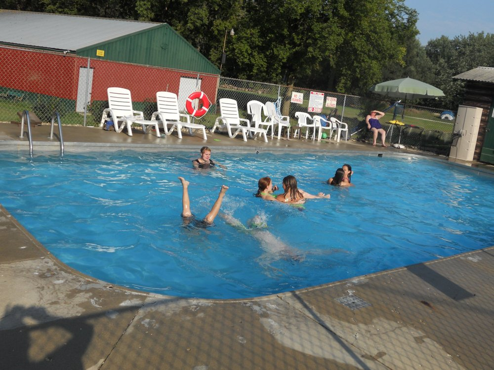 Crow Valley Campground: 23807 Moline Rd, Sterling, IL