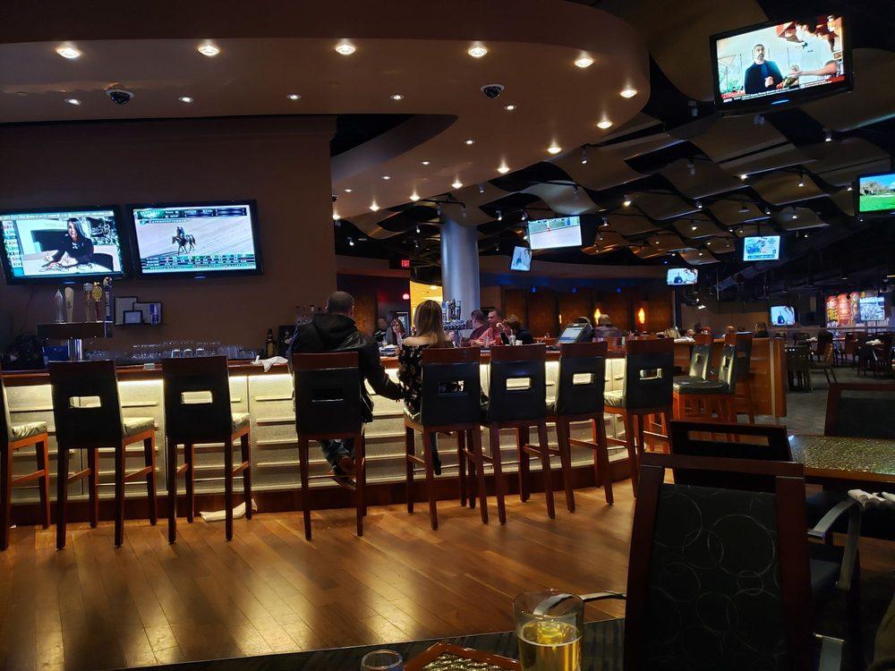 Skybox Sports Bar: 777 Hollywood Blvd, Grantville, PA