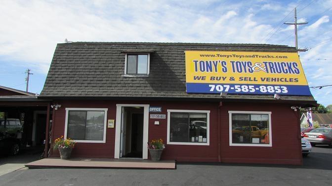 tony s toys trucks 10 photos 14 reviews car dealers 4090 santa rosa ave santa rosa. Black Bedroom Furniture Sets. Home Design Ideas
