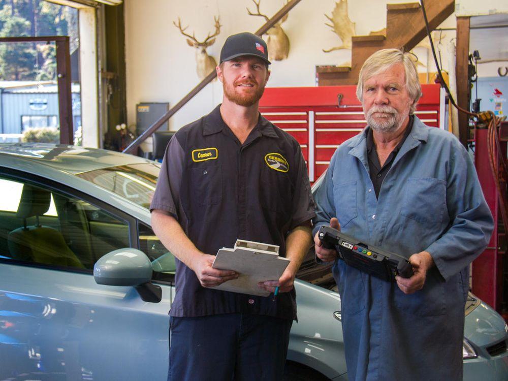 Gerber's Auto Services: 2421 Village Ln, Cambria, CA