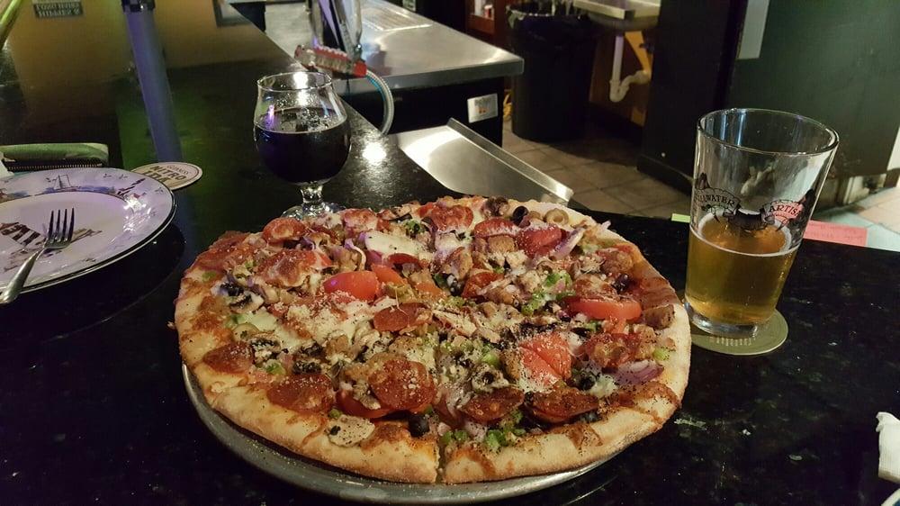 Bluegrass Pizza and Pub: 314 W Main St, Danville, KY