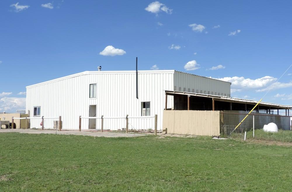 Aavondale Pet Care Center: Falcon, CO