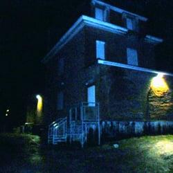 maison hantee 64