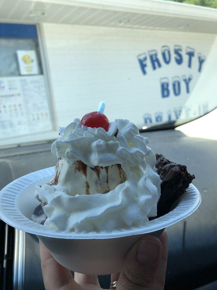 Frosty Boy Drive-In: 40 W Main St, New Palestine, IN