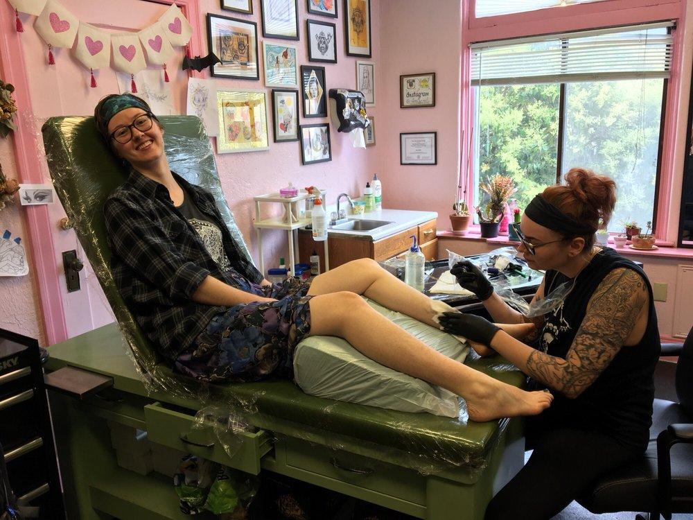 Pretty In Ink: Electric Tattooing: 2329 Santa Clara Ave, Alameda, CA