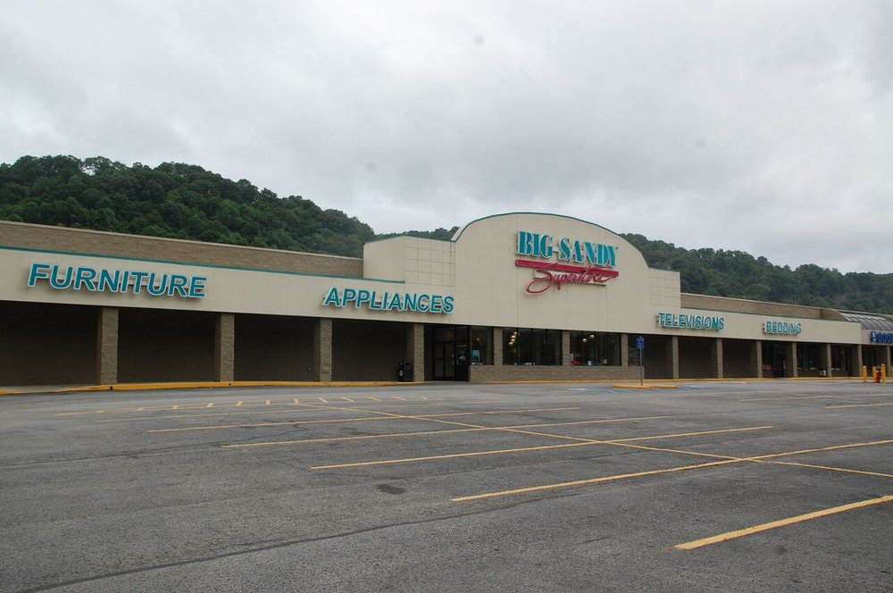 Big Sandy Superstore Pikeville   Places To Eat At South ...