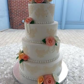Photo Of American Dream Cakes Jacksonville Nc United States Wedding Cake