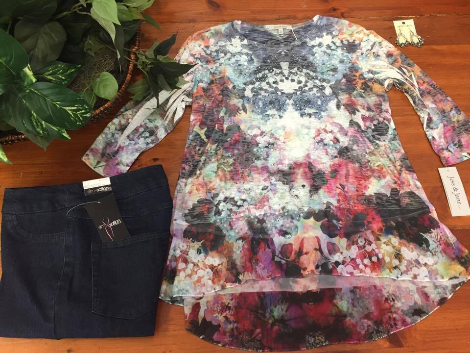 New Lightweight Floral Tunic From Jess And Jane Looks Great With