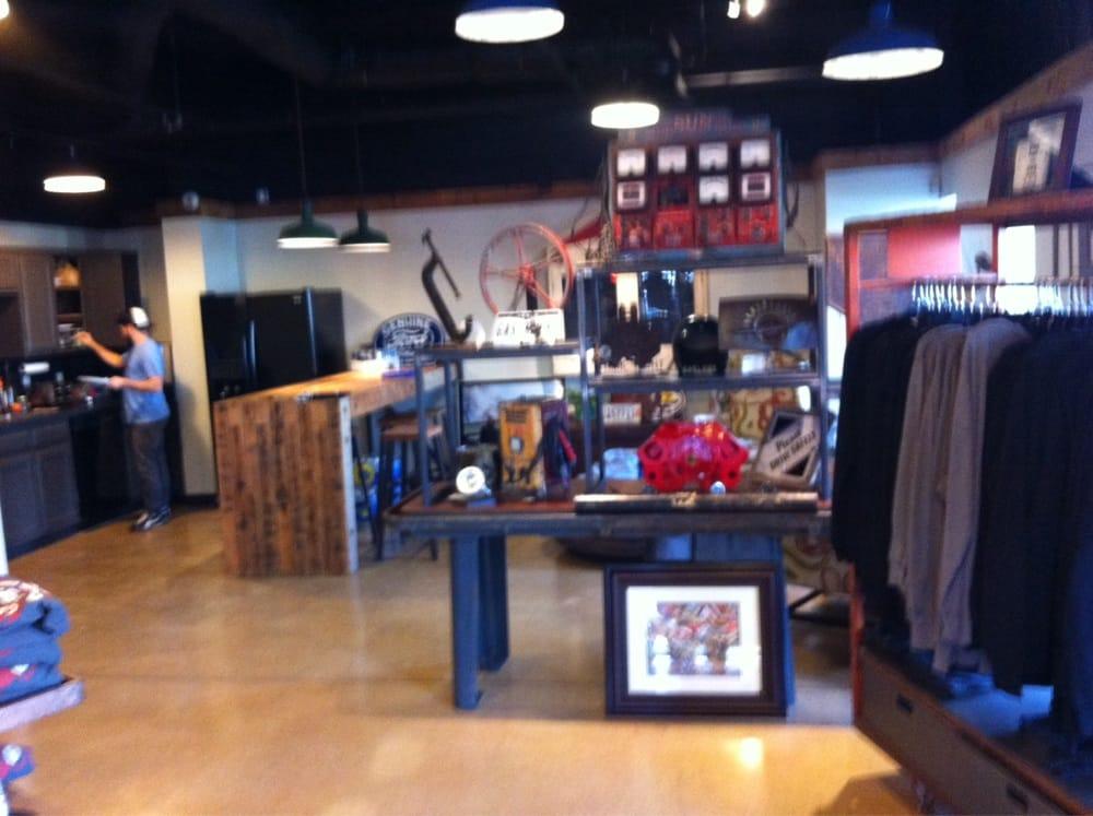 shirt shop at the garage yelp. Black Bedroom Furniture Sets. Home Design Ideas