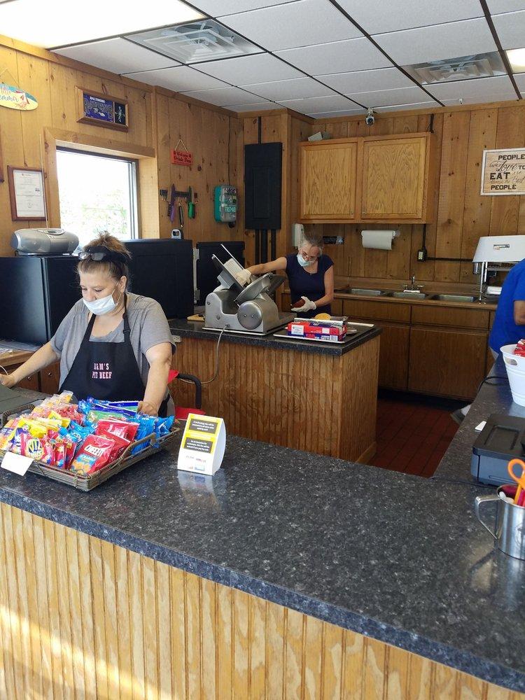 K & M Pit Beef: 601 N US Hwy Rt 15, Dillsburg, PA