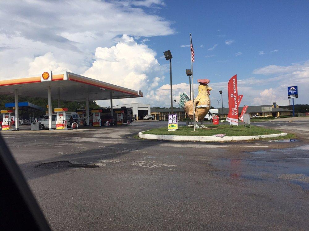 Shady Lawn Truck Stop: 1371 Bryson Rd, Ardmore, TN