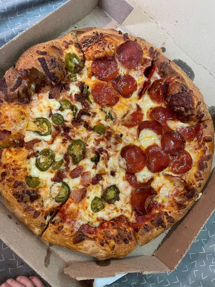 Domino's Pizza: 706 S Main St, Sweetwater, TN